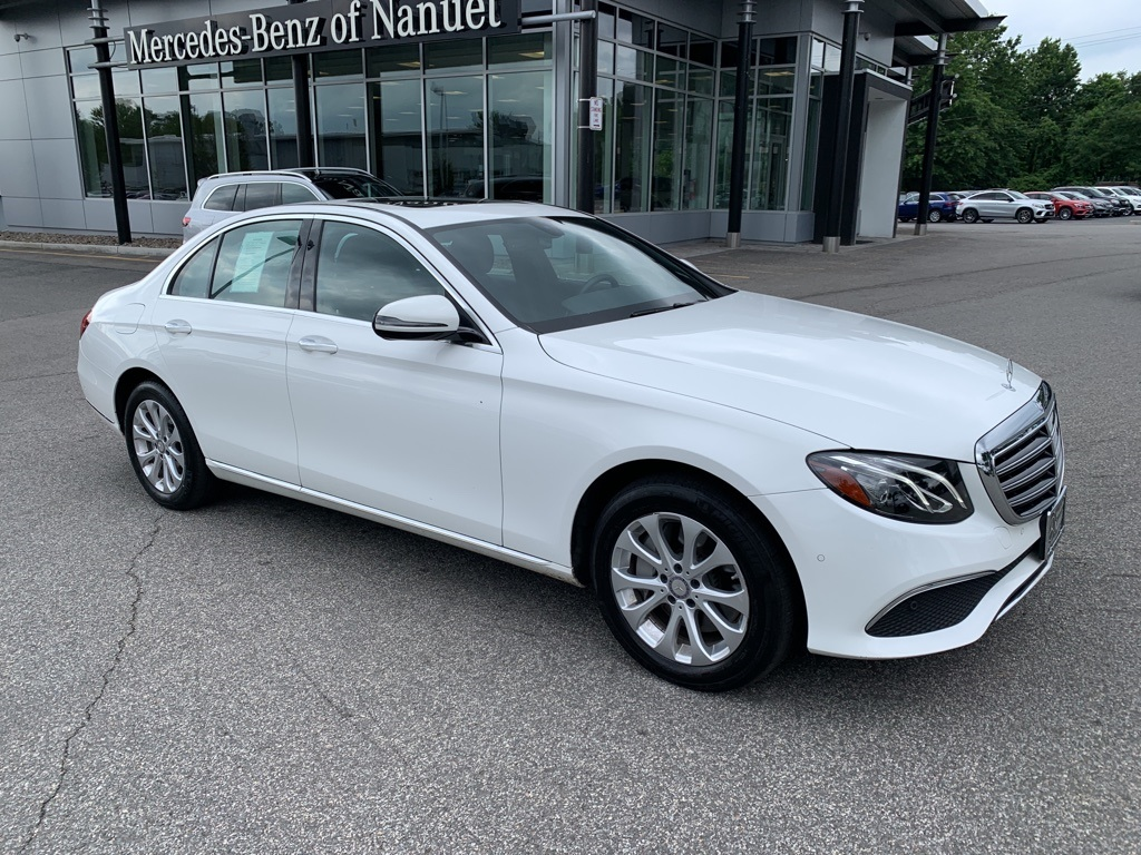 Certified Pre-Owned 2017 Mercedes-Benz E 300 Luxury 4MATIC® SEDAN